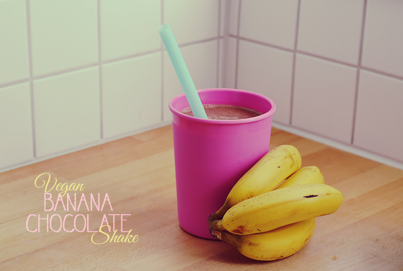 Banana Chocolate Shake / BananaBloom.com #vegan #healthy