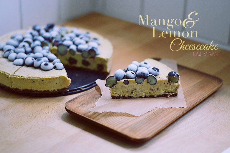 Raw Mango Lemon Cheesecake / BananaBloom.com