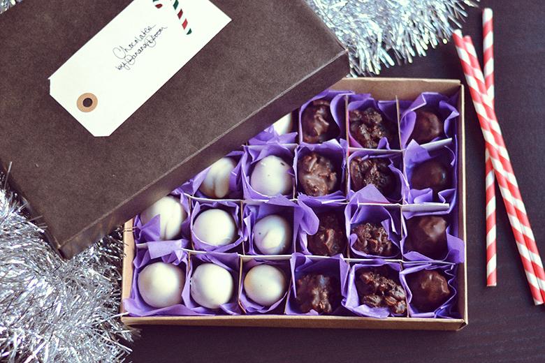DIY Chocolate Box // http://BananaBloom.com #diy #chocolate #box #gift