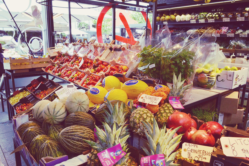Fresh fruit and vegetables at Torvehallerne Copenhagen // http://BananaBloom.com #copenhagen #vegan #travel